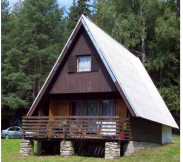 5L Chata Tereza, 2x ložnice, kuchynka, umyvadlo, sprcha, WC, UT na plyn