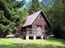 chata Koudelka, rekonstruovaná 2x ložnice, 2xWC, koupelna, kuchyn