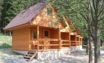 4L Chata Silva je patrová chata s vlastním sociálním zařízením a teráskou.